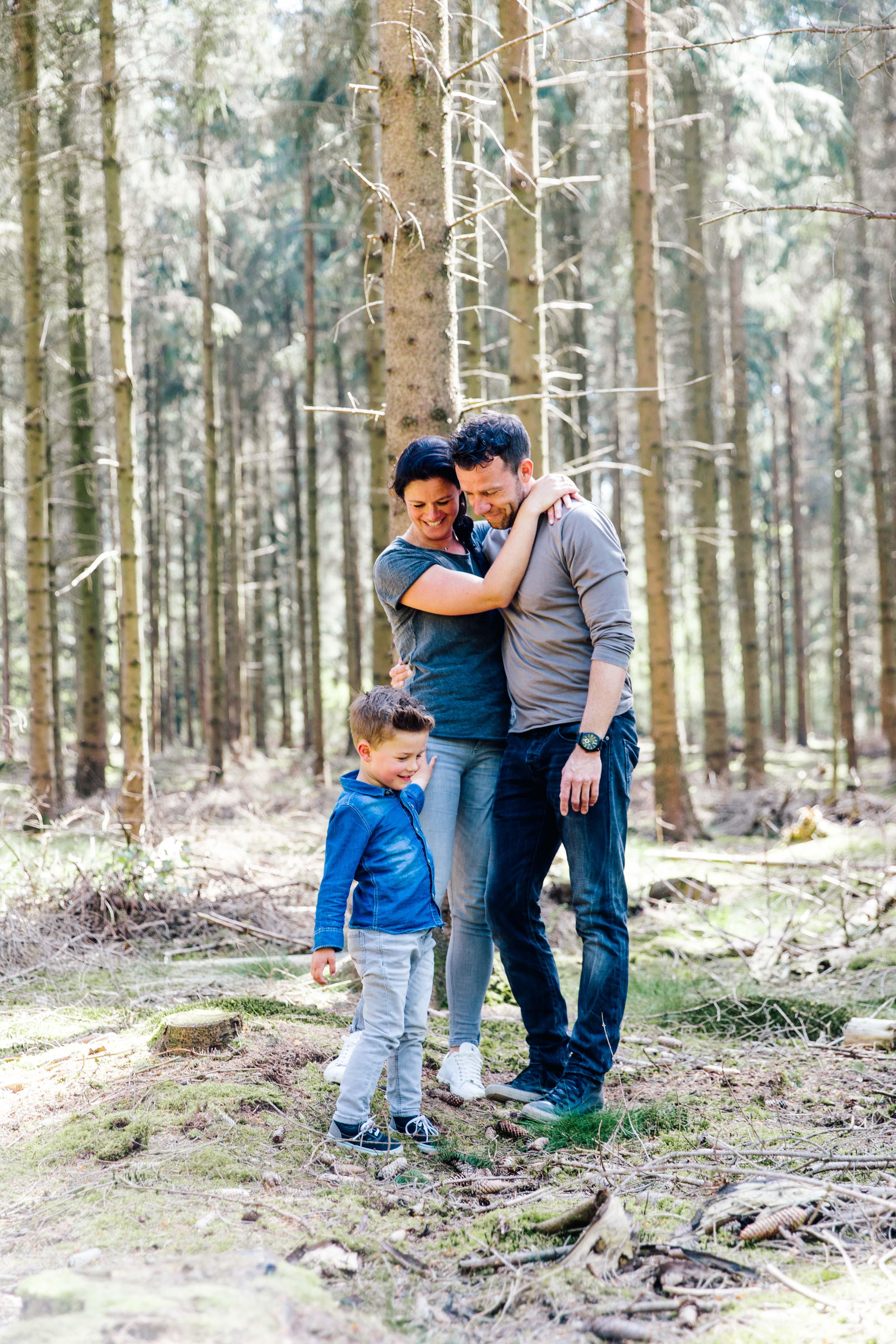 At Hello Fotografie - Familie Shoot - Bart, Kim & Jake www.athellofotografie.nl